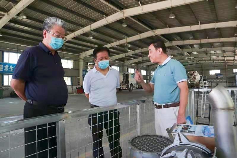 1_昌吉高新区首家机动车尾气排放超标治理(M)站挂牌运营 (2).jpg